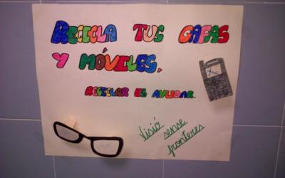 """Carteles campaña recogida de gafas y móviles usados en IES """"Ctes Baixes"""""""