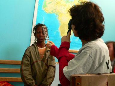 Retinoscopía en campaña Visio Sense Fronteres en Mauritania. Isabel Signes